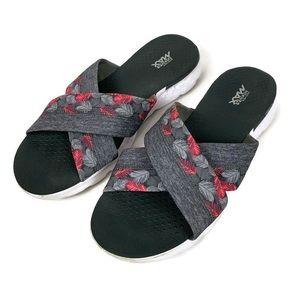 Skechers On The Go GoGa Max Slide Sandals